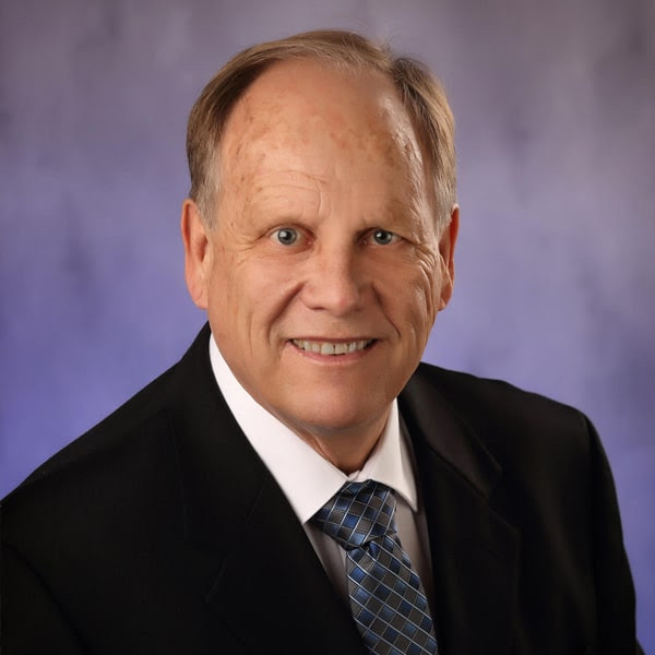 Meet Dr. Peterson - Mundelein Dentist Cosmetic and Family Dentistry